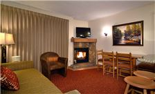 The Christie Lodge - Fireplace